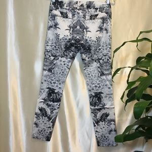Finders Keepers Jeans - FindersKeepers Patterned Jeans NWT